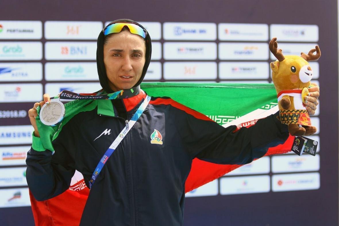 خبرنگاران بانوی قایقران گیلان: امیدوار به کسب سهمیه المپیک هستم